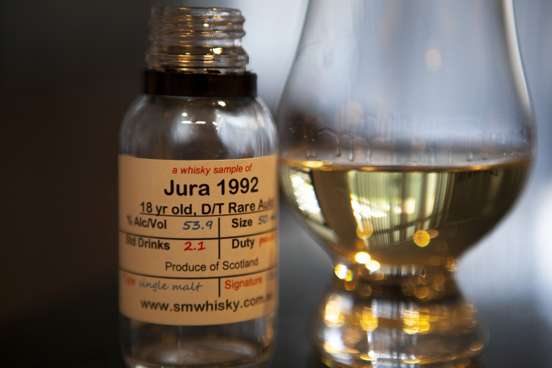 Duncan Taylor Jura 18yr 1992 Rare Auld Whisky Review