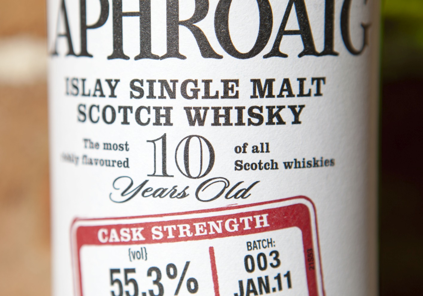 Laphroaig 10yr Cask Strength Batch 3 Whisky Review