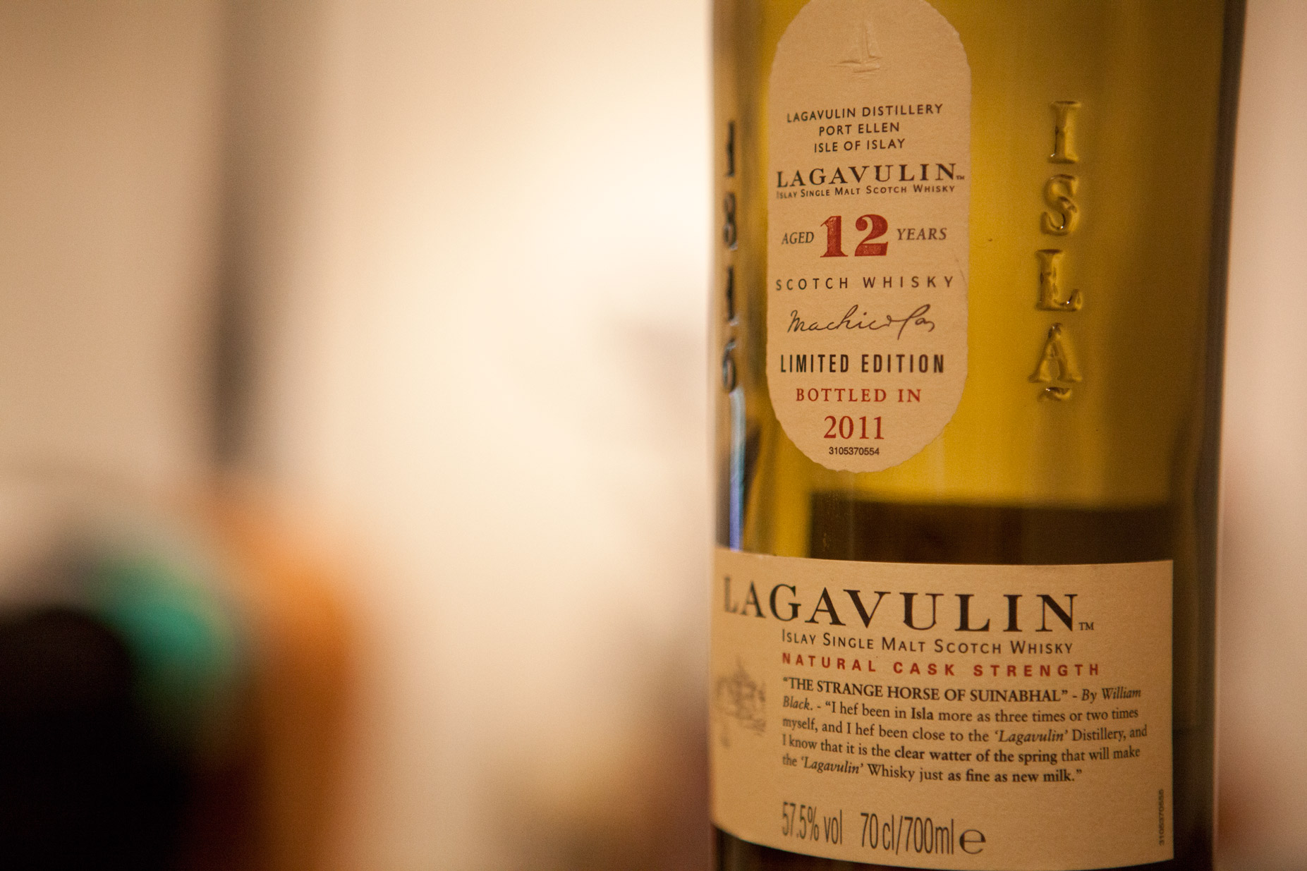 Lagavulin 12yr Cask Strength 2011 Limited Edition